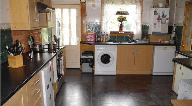 Kitchen, Finlow Place