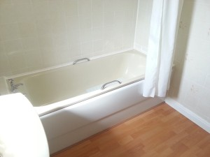 Bathroom, Balgowan Avenue
