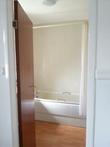 Bathroom, Balgowan Avenue