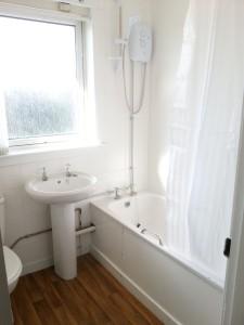 Bathroom, Liff Terrace