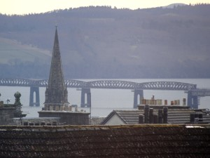(Telephoto) view from bedroom towards the rail bridge